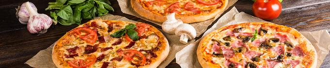 Pizzen aus dem Steinofen