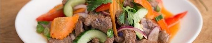 feurige Salate/ Yam