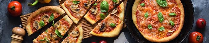 Ofenfrische Pizza
